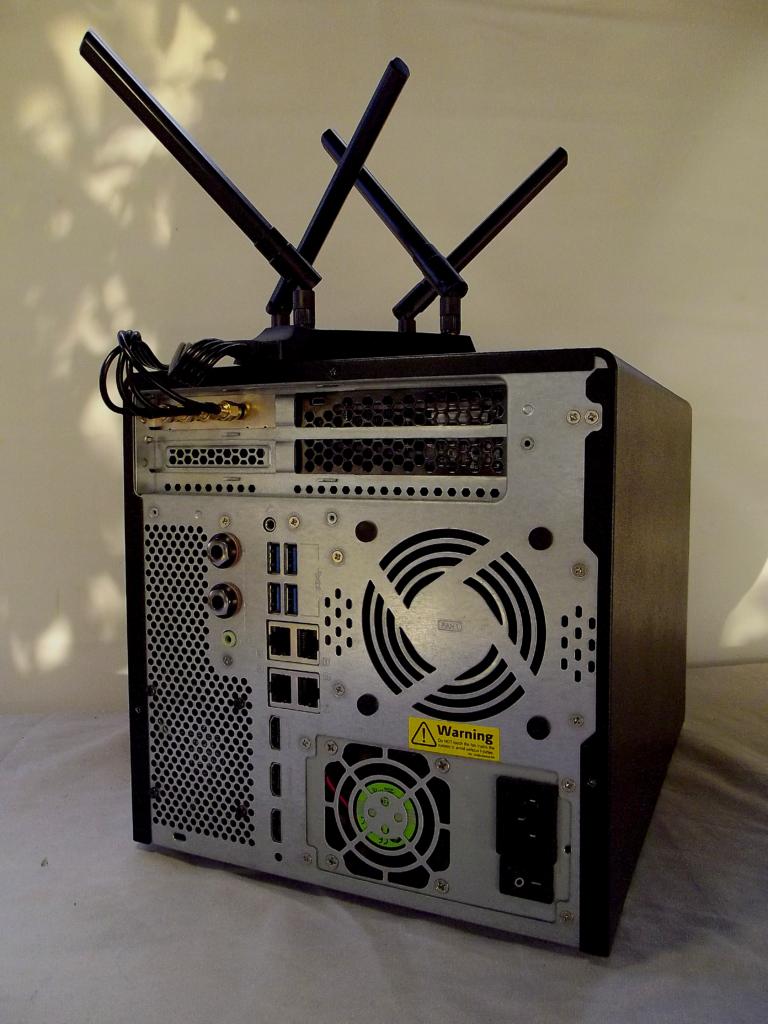 QNAP TV682T